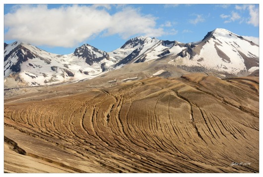 Valley of Ten Thousand Smokes.jpg