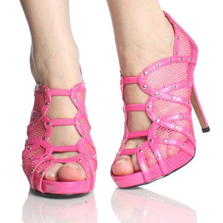 Pink shoes fashion